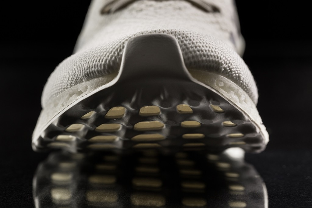 Print, don't copy: an outstanding running shoe with a unique 3D-printed midsole.
