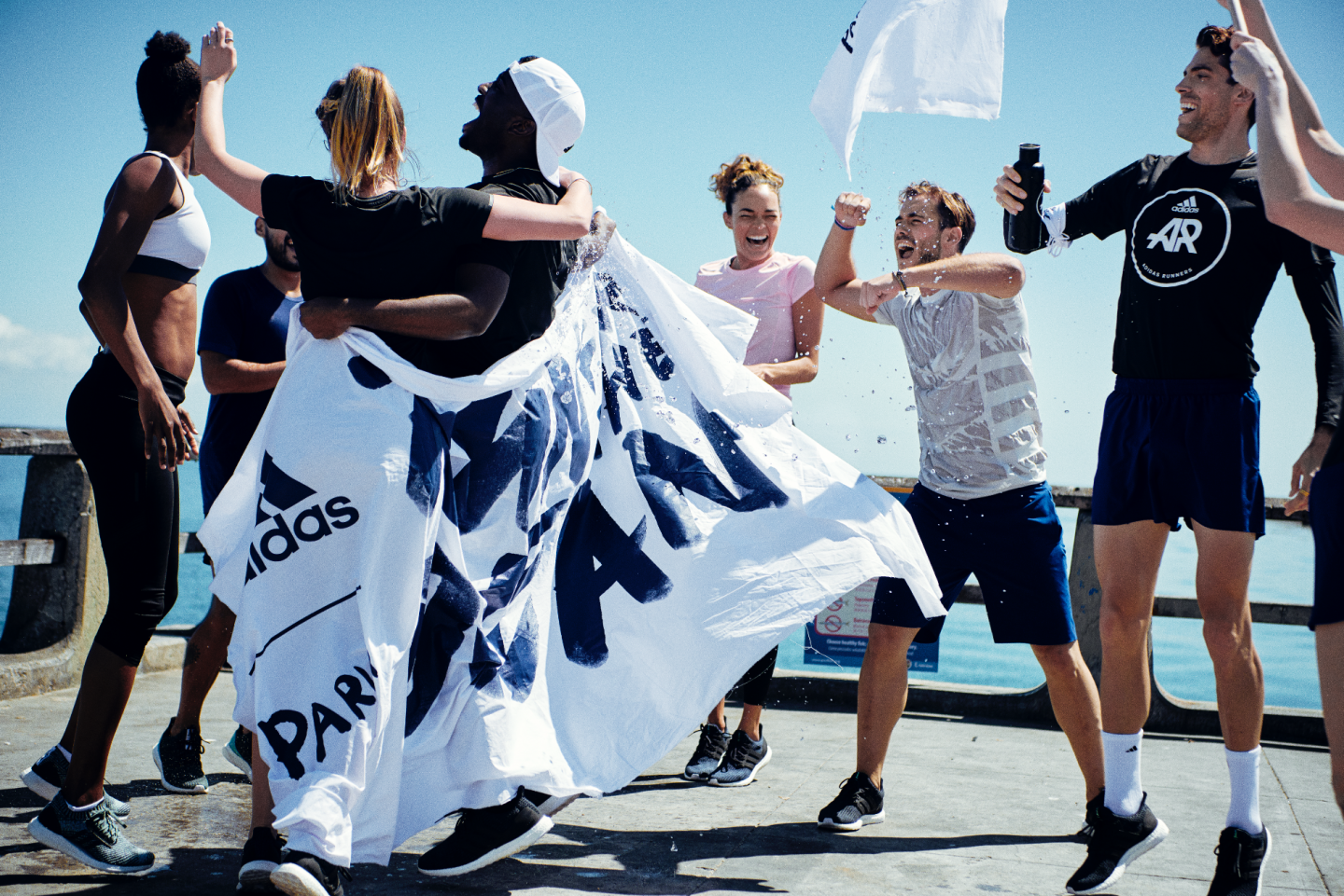 56a8380ae8 A World Race to Make Waves - The Story of Run for the Oceans
