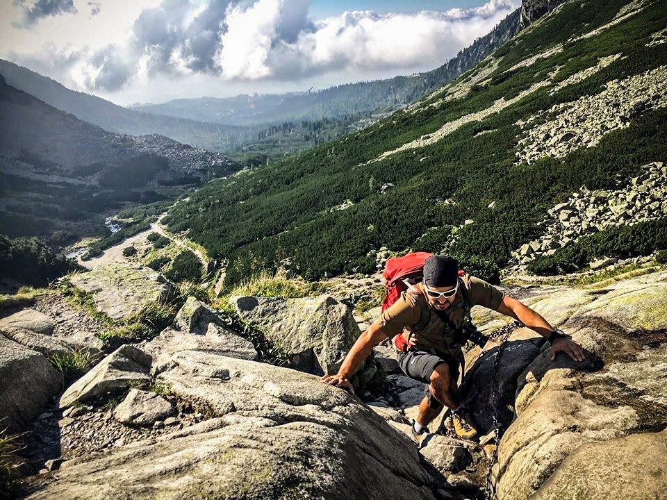 Francis Gravel climbing man climbing on a mountain