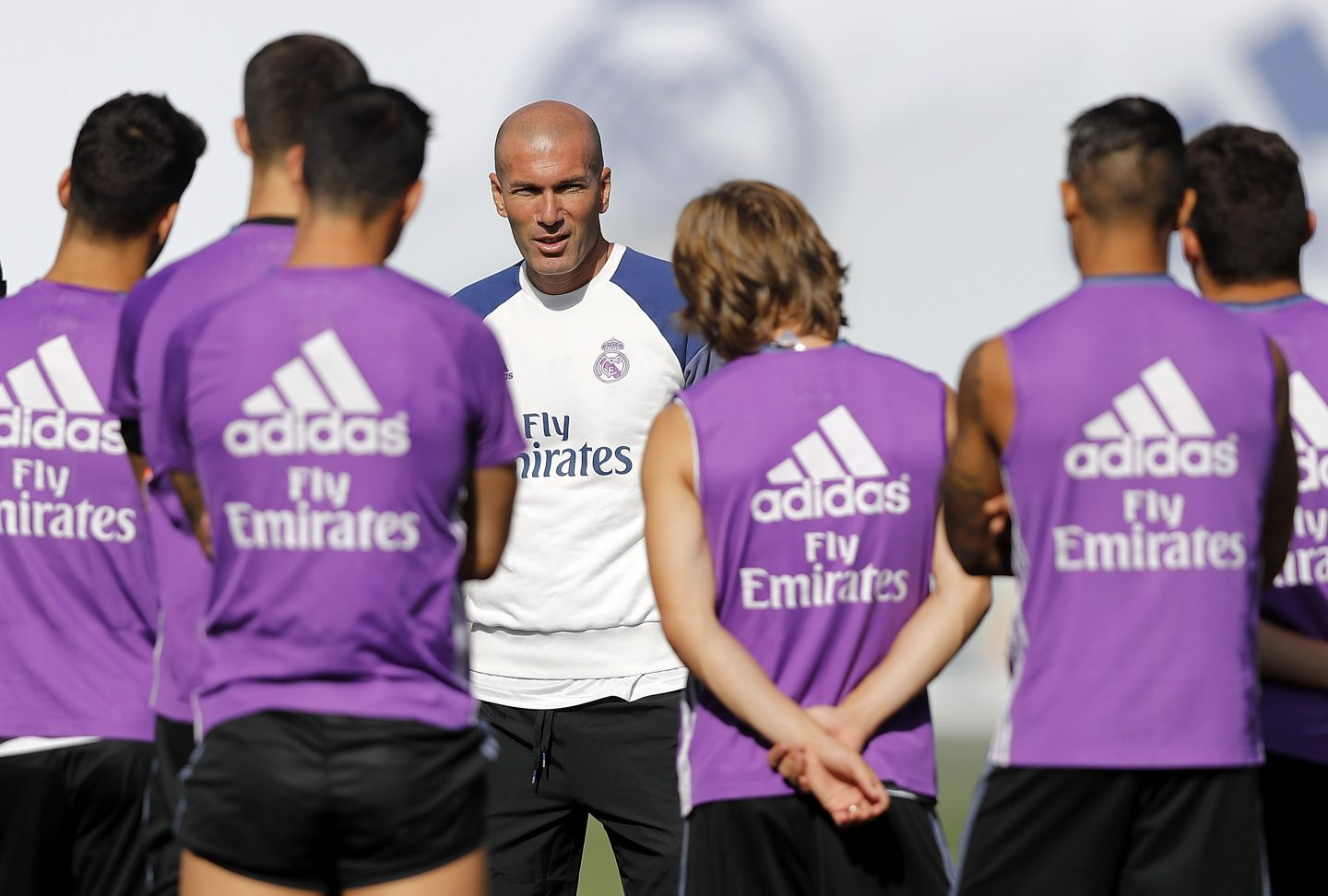 adidas-Real-Madrid-Zinédine-Zidane-team-football-science