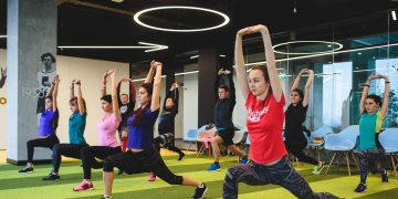keep-your-emotional-health-in-shape-adidas_Russia-employee-workout