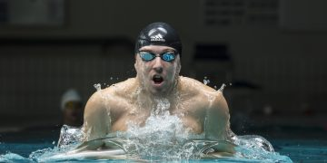 swimmer in action competition marco-koch swimmers guide reaching goals