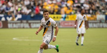 Robbie-Rogers-LA-Galaxy-football-playing-at-audi-mls-cup-2016