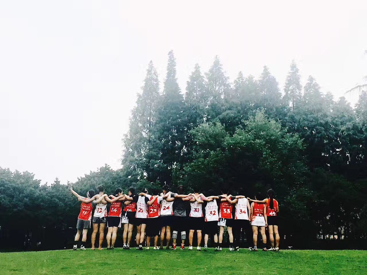 women team arm in arm lacrosse china