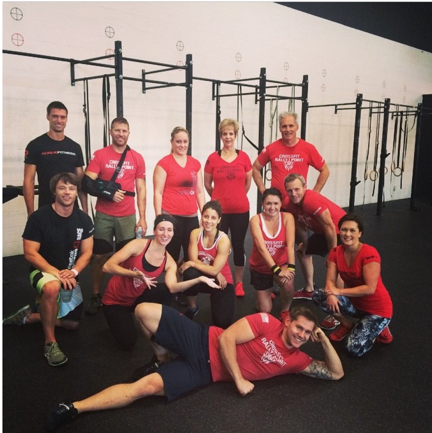 Teamwork-Crossfit- Group-All-Happy