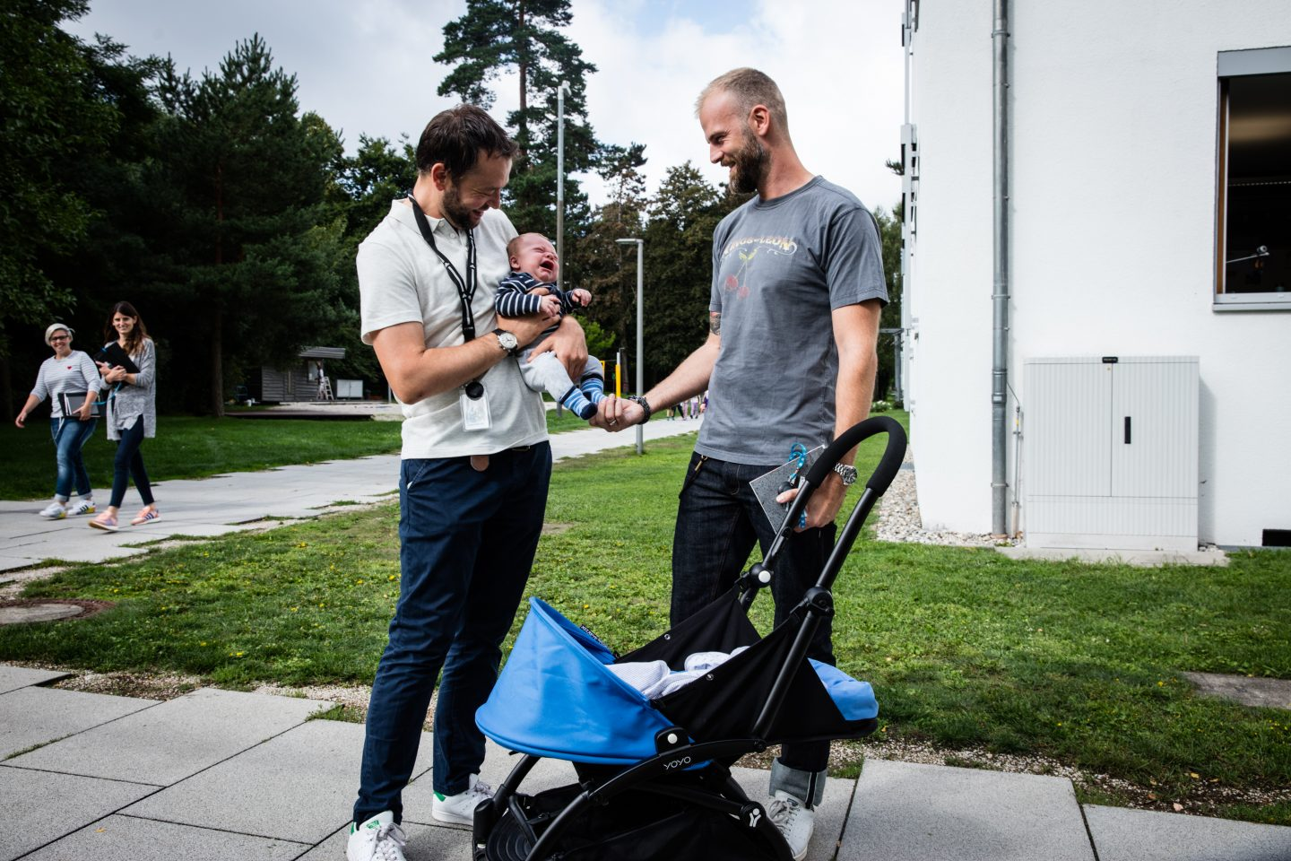 Baby_Taking Care_Parental Leave_Two guys and a baby_Outside