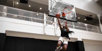 Header_Nneka_basketball